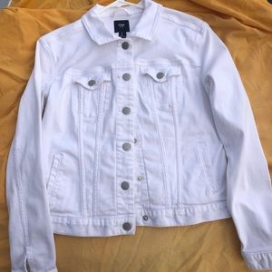 Women's white denim jean jacket small gap